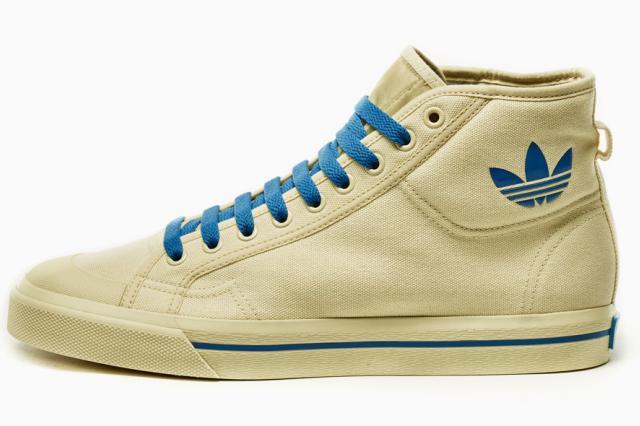 Ретронастроения в новой коллекции Рафа Симонса для adidas