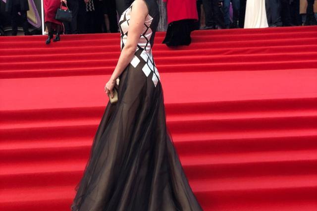 Анастасия Макеева блистала в платье от Лизы Романюк на открытии Московского кинофестиваля!