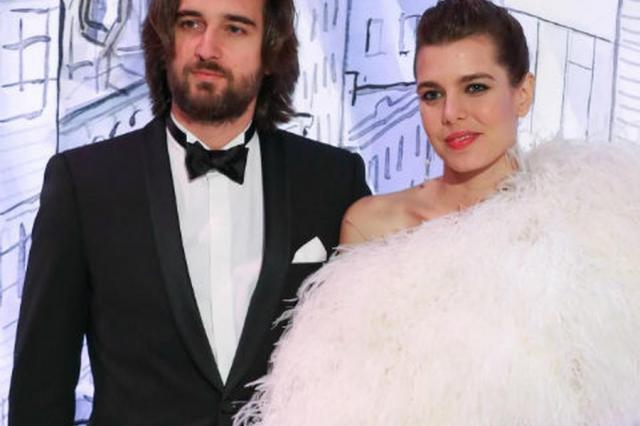 Принцесса Монако обвенчалась с российским продюсером