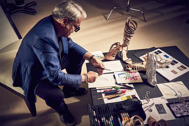 Дженнифер Лопес и Джузеппе Дзанотти создали вместе коллекцию обуви