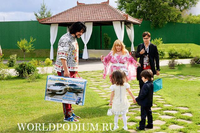 """Филипп Киркоров: """"Дети Аллы и Максима скоро тоже вольются в нашу дружную компанию"""""""