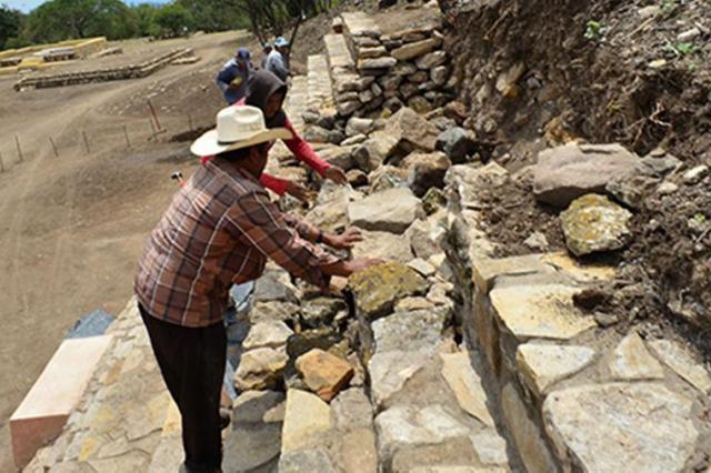 Археологи в Мексике нашли храм ацтекского бога