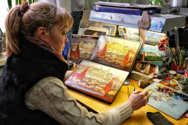 На юбилейном фестивале «Русское поле» покажут самое большое панно в истории федоскинской лаковой миниатюрной живописи