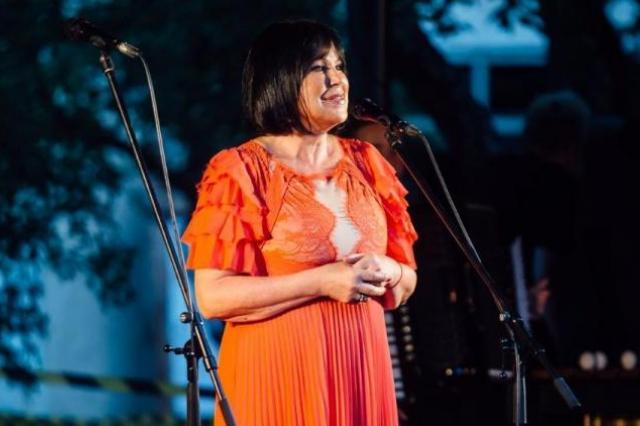 Инесса Галанте подарит рижанам бесплатный концерт в квартале Калнциема