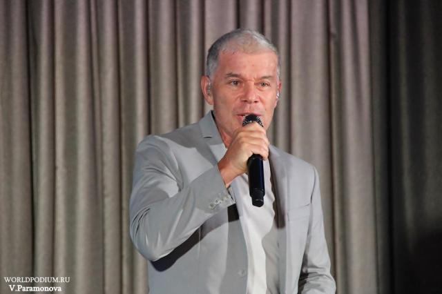 Олег Газманов: «Коронавирусные ограничения многое остановили, но не прекратили творчества»