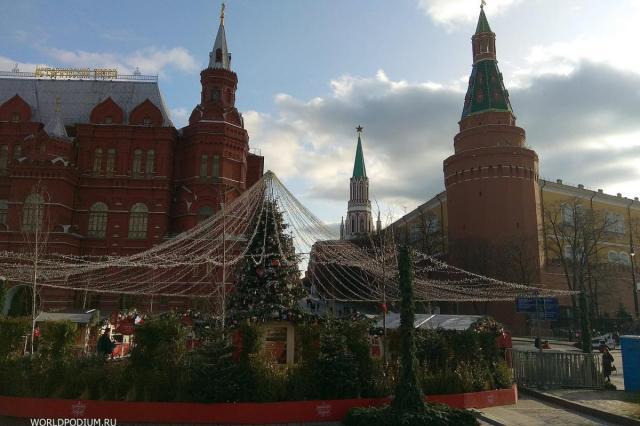 «Путешествие в Рождество» на Манежной площади
