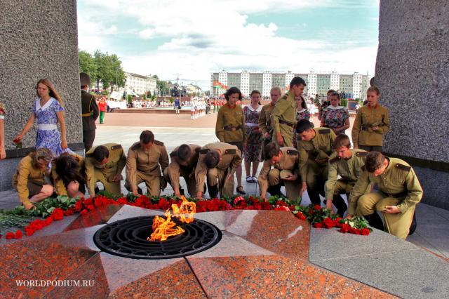 Акция «Мы помним и гордимся!» прошла на Фестивале «Славянский Базар»