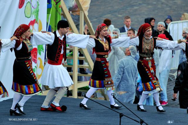 Фестиваль греческого салата прошел на Красной площади
