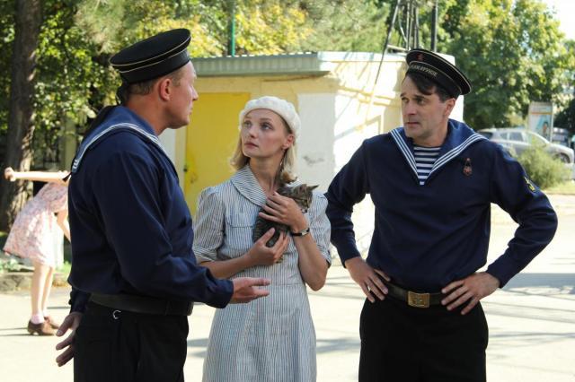 Павел Трубинер и Екатерина Вилкова в шпионском сериале «Чёрное море»