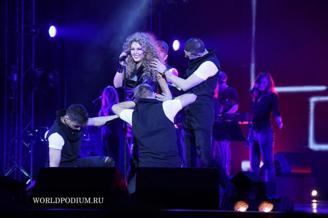 Ирина Дубцова сняла клип на песню «Бойфренд»