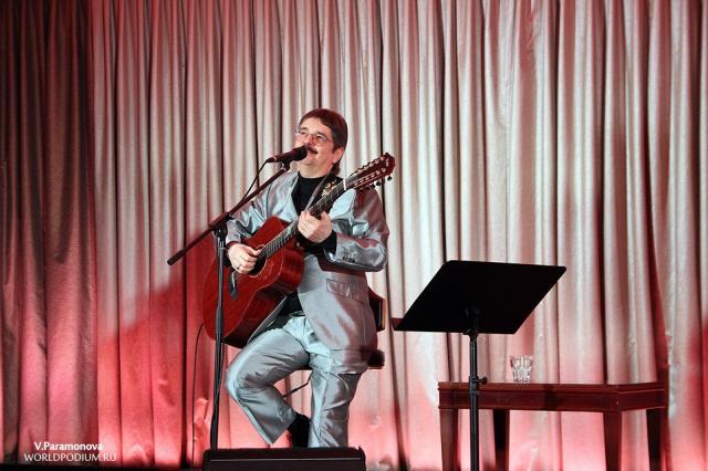 Виктор Третьяков выступил с новогодним концертом в Кремле