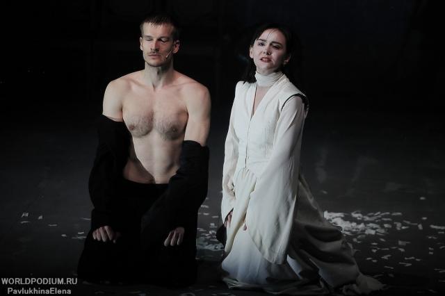 «Тайна любви больше, чем тайна смерти»: премьера спектакля «Саломея» на Новой сцене Вахтанговского театра