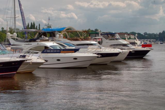 9-я ярмарка яхт и катеров «Водный мир»