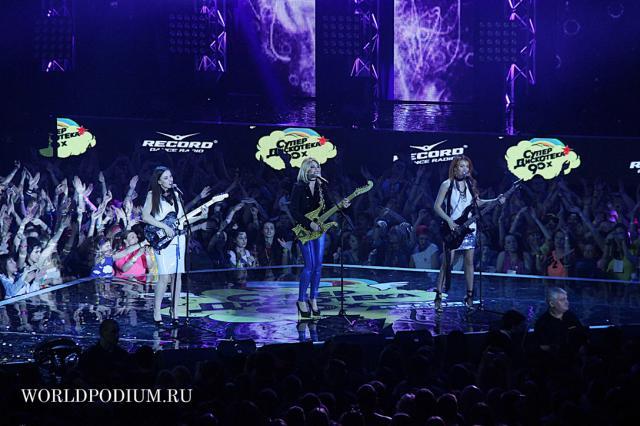 """Фееричный праздник - """"Супердискотека 90-х Радио Рекорд"""" в Москве!"""