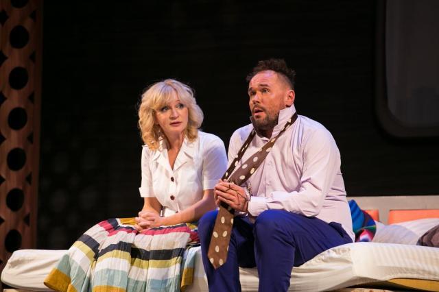 «Там же, тогда же»: Максим Аверин и Анна Якунина на сцене Театра-фестиваля «Балтийский дом»