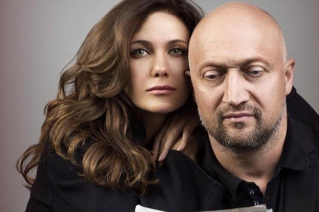 Гоша Куценко и Екатерина Климова в спектакле «LOVE LETTERS»: «Я дарю тебе себя на расстоянии, всего, без купюр…»