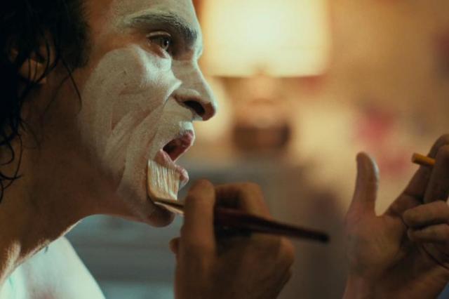 Антигерой нашего времени. Рецензия на фильм-победитель 76-го Венецианского кинофестиваля «ДЖОКЕР»