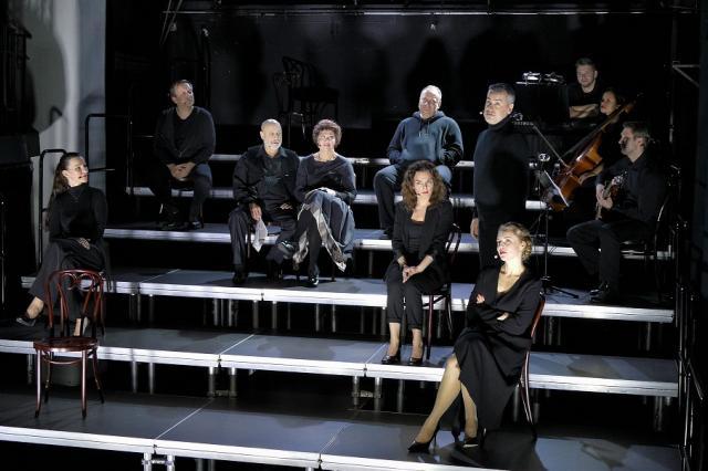 «СТИХИйный XXI век» – премьера в Театре п/р Елены Камбуровой