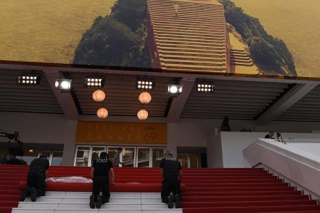 Каннский кинофестиваль открылся на Лазурном берегу