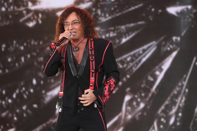 Представитель Леонтьева прокомментировал слухи о уходе певца со сцены