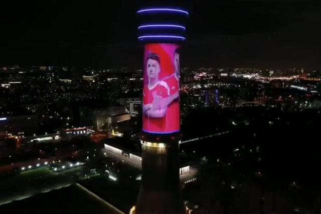 На Останкинской башне появилось поздравление сборной России с выходом на ЧЕ