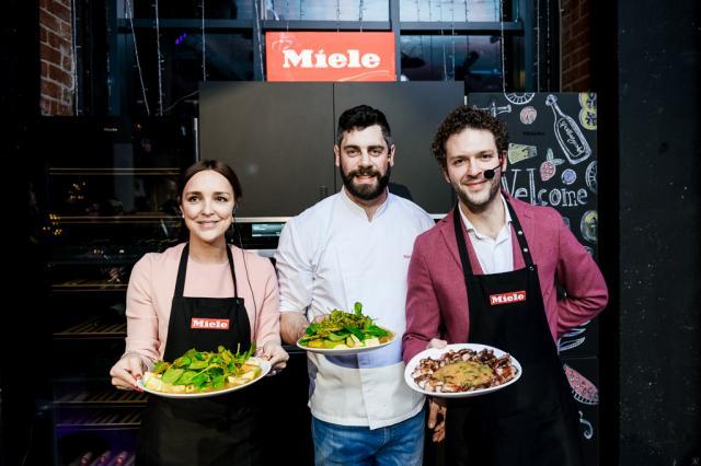 Новогодний кулинарный поединок от Miele