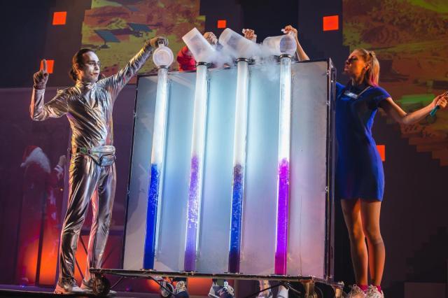 Фестиваль науки и искусства WOW! HOW? пройдет 8–9 марта в Большом зале Российской академии наук