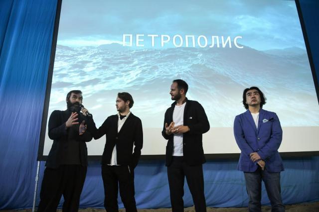Владимир Мединский, Владимир Кириллов, Алла Сигалова и Кирилл Разлогов посетили презентацию фильма «Петрополис»