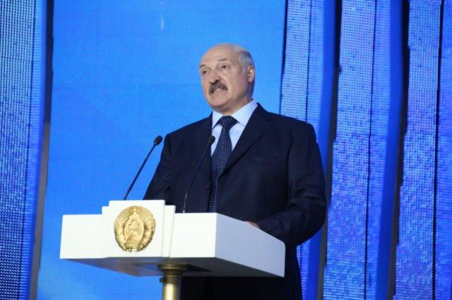 Александр Лукашенко поздравил Константина Райкина