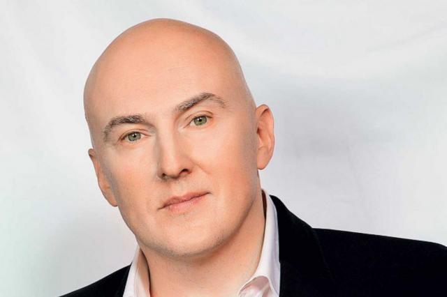 Матвиенко связал разрыв контрактов артистов с Меладзе с пандемией