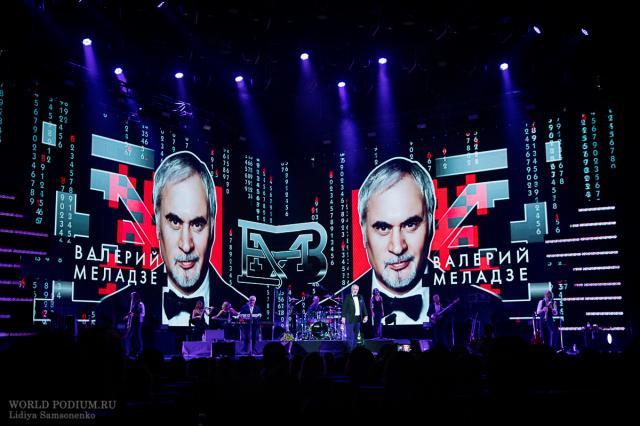 Меладзе объяснил призыв отказаться от новогодних съемок.