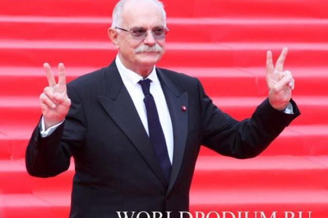 Александр Лукашенко поздравил Никиту Михалкова с юбилеем