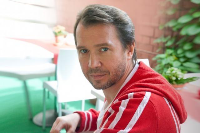 Евгений Миронов, Алла Сурикова и Нина Ургант награждены орденами
