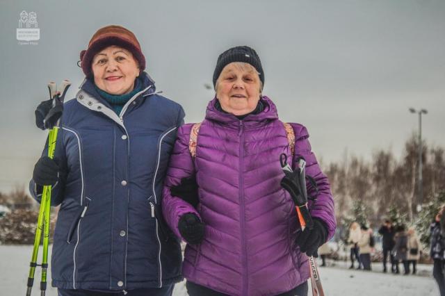 Участники программы «Московское долголетие» сделают солнечным самый тёмный день года