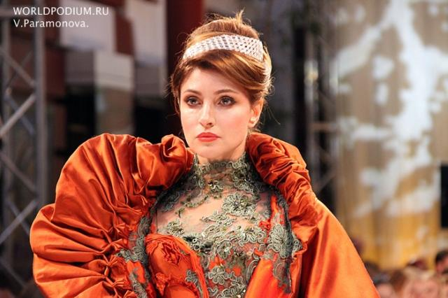 Показ совместной коллекции актрисы Anastasia Makeeva дизайнера Apollon Bygakoff