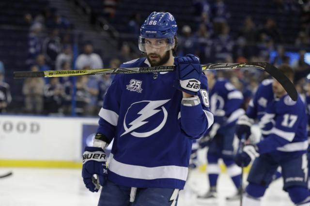 Никита Кучеров признан третьей звездой декабря в НХЛ
