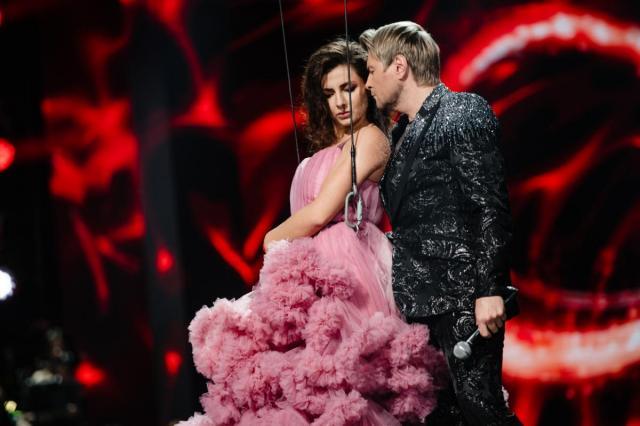 Полина Гагарина, Николай Басков, Таисия Повалий, Интарс Бусулис и многие другие артисты исполнили хиты Михаила Гуцериева на фестивале «Песня года 2020»