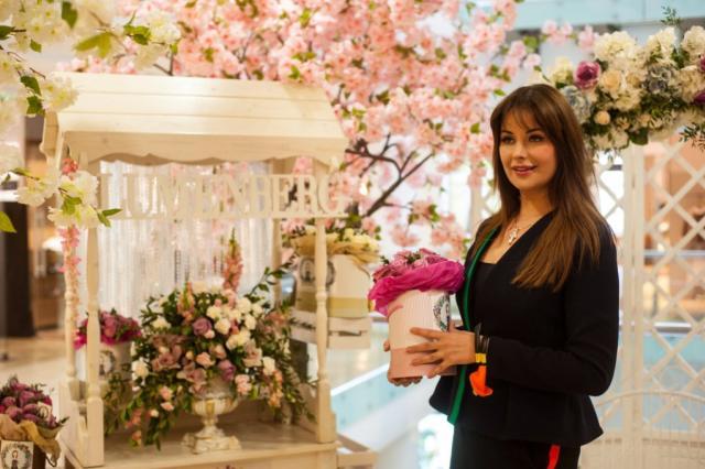 Звездный праздник «Все оттенки весны» состоялся в Смоленском пассаже!