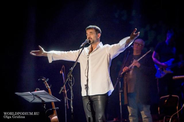 Дмитрий Певцов и «ПевцовЪ-Оркестр» выступят в Кремле с сольной программой
