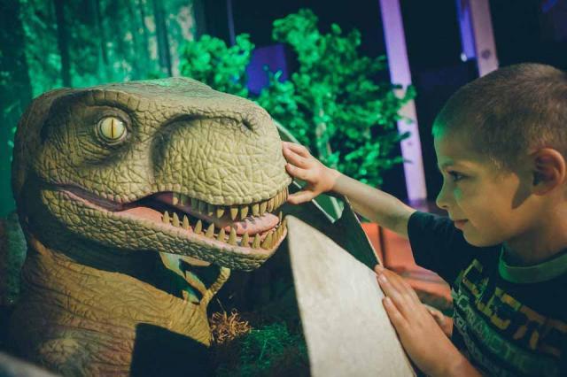 Москву впервые приезжает всемирно известное «Шоу динозавров»
