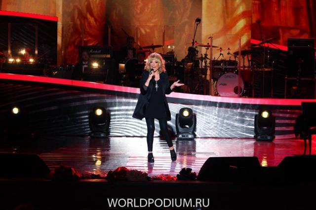 Новые песни Пугачевой для концерта в Кремле появились в Сети