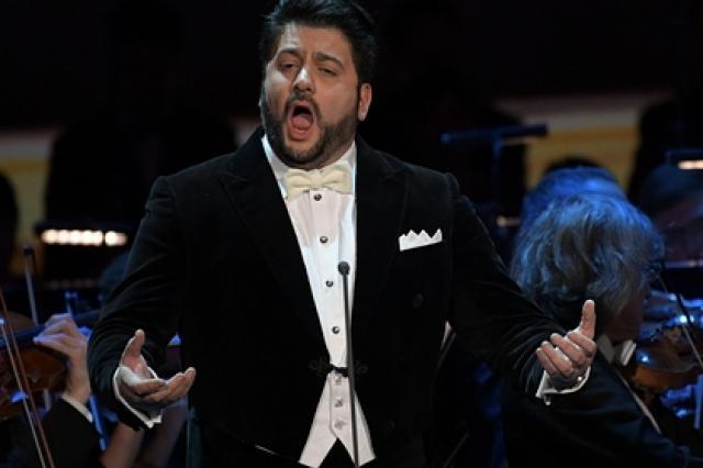 Нежелание мужа Нетребко выступать на одной сцене с армянской певицей опровергли