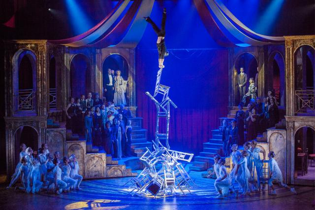 Московский театр мюзикла покажет «Принцессу цирка» на Патриарших прудах