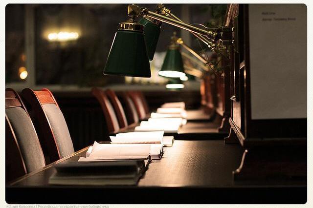 """Путешествие по ночной библиотеке, легендарный """"Третий зал"""", «Мастерская переплета» и другие сюрпризы Российской Государственной библиотеки"""