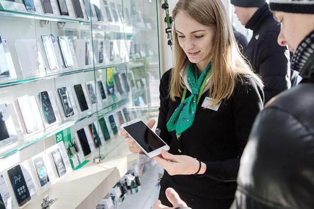 Эксперт раскритиковал законопроект о платной регистрации мобильных устройств