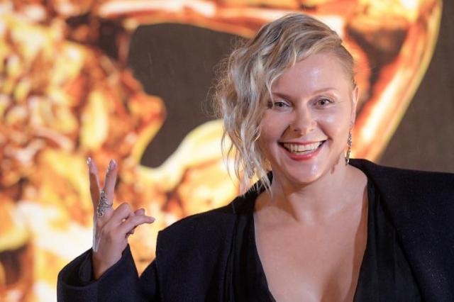 Актриса Яна Троянова станет ведущей обновленного шоу «Последний герой»