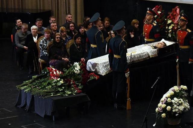 Алексея Булдакова похоронили на Троекуровском кладбище