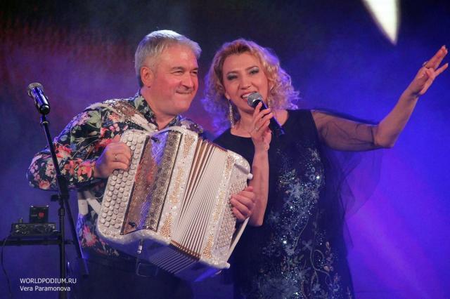 Концерт из цикла «Валерий Сёмин собирает друзей». Презентация нового диска Валерия Сёмина и Ирины Шоркиной.