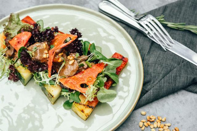 Овощи, морепродукты, арбузы, грибы и ароматный чай — яркая и вкусная осень в Hills!