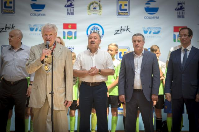 Валерий Газзаев и Борис Лагутин напутствовали юных спортсменов на фестивале «Связь поколений» в Мытищах